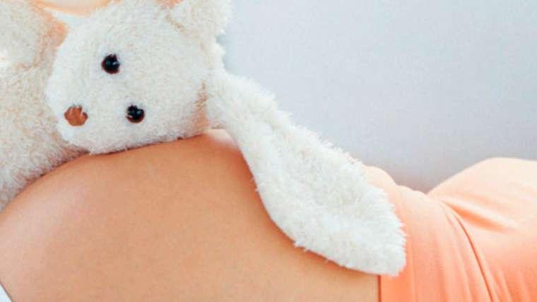 Et si la rééducation du périnée était plus que du simple renforcement musculaire ?